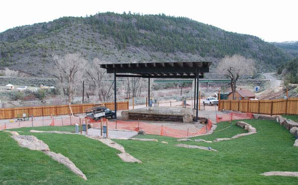Reggae on the river comes to state bridge