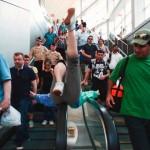 girl_escalator