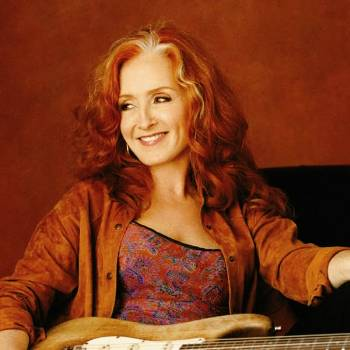 BONNIE RAITT Returns To Red Rocks In August