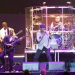 Van Halen 2012-05-24 -24