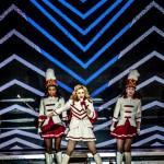 Madonna2012-10-32