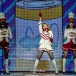 Madonna2012-10-37
