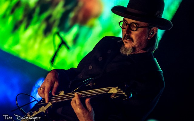 """Over the course of the night last Tuesday, Les Claypool showcased why he is one of the most innovative and creative bass players in the world.  After a 75 minute from the weird and wonderful Claypool Lennon Delirium, Primus delivered a varied setlist that showcased crowd pleasers like """"My Name Is Mud,"""" """"Wynona's Big Brown Beaver,"""" and """"Jerry Was a Racecar Driver"""" alongside some deeper cuts and even the live debut of a brand new song called """"Seven.""""  The crowd got a little bit of everything, and it was glorious."""