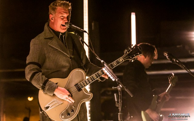 Queens Of The Stone Age brought their Villains Tour to Red Rocks Tuesday night to a sold-out audience.  This late in the season, Red Rocks can be an unpredictable host, but that didn't stop loyal fans from packing the joint and letting it all hang out in cold mountain air.  For most of the fans in attendance, this was the last show at the church of music for the season, a bittersweet but powerful end to a great summer on The Rocks.